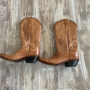 Shoes - Leather cowgirl boots size 7